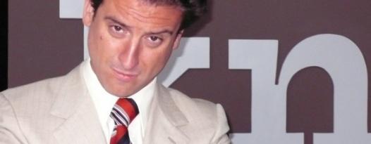How Spanish Director Eugenio Mira Became Robert De Niro