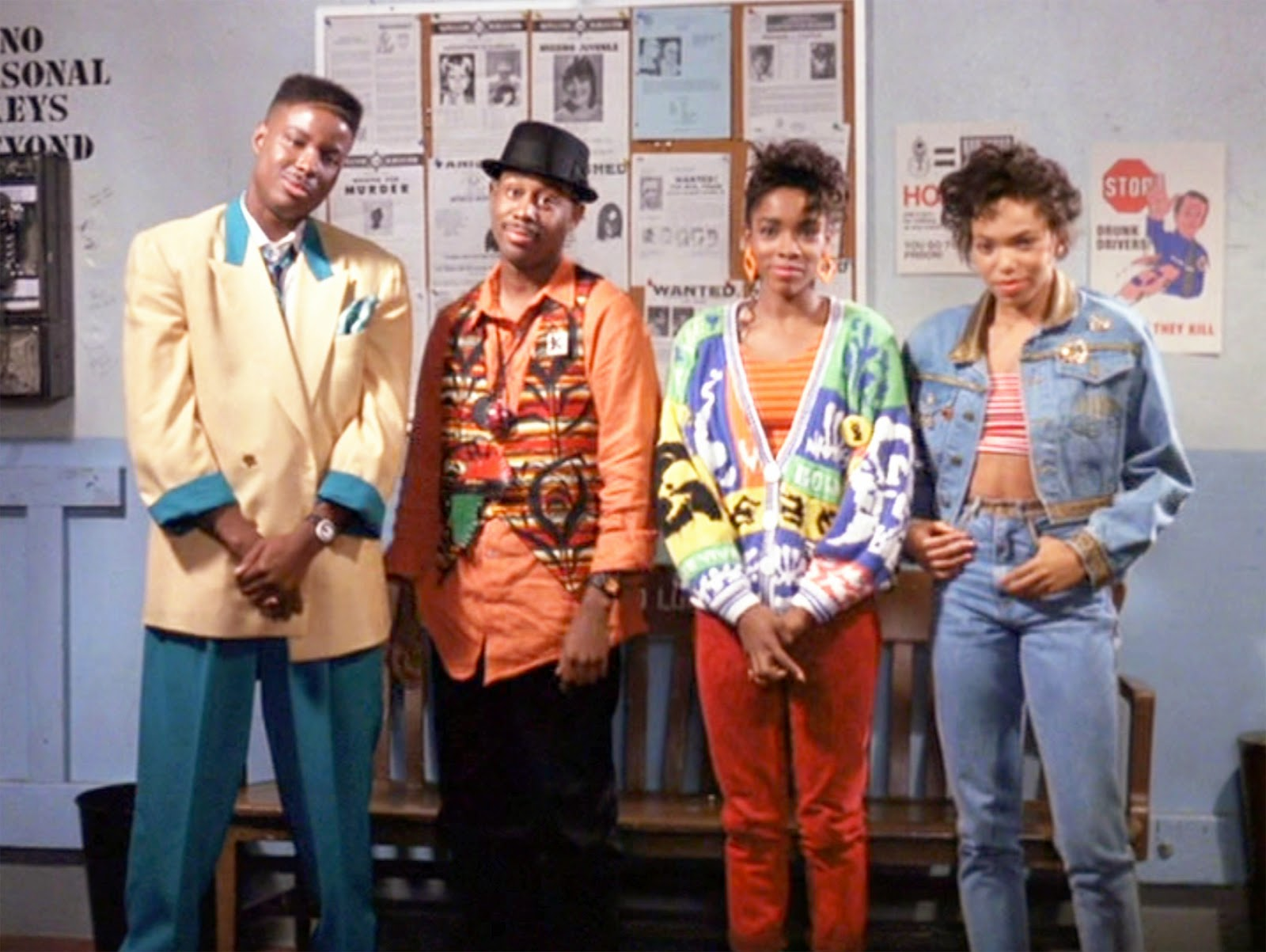 the house party When kid's college money is stolen by a crooked music promoter, play's solution is to stage the 'mutha' of all pajama parties starring kid 'n play and martin lawrence.